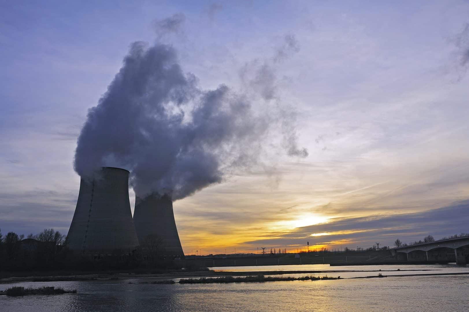 EDF baisse ses prévisions nucléaires
