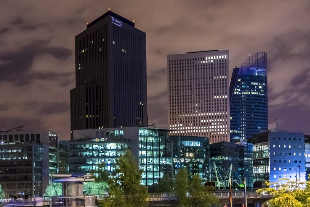 immeubles de bureaux de nuit
