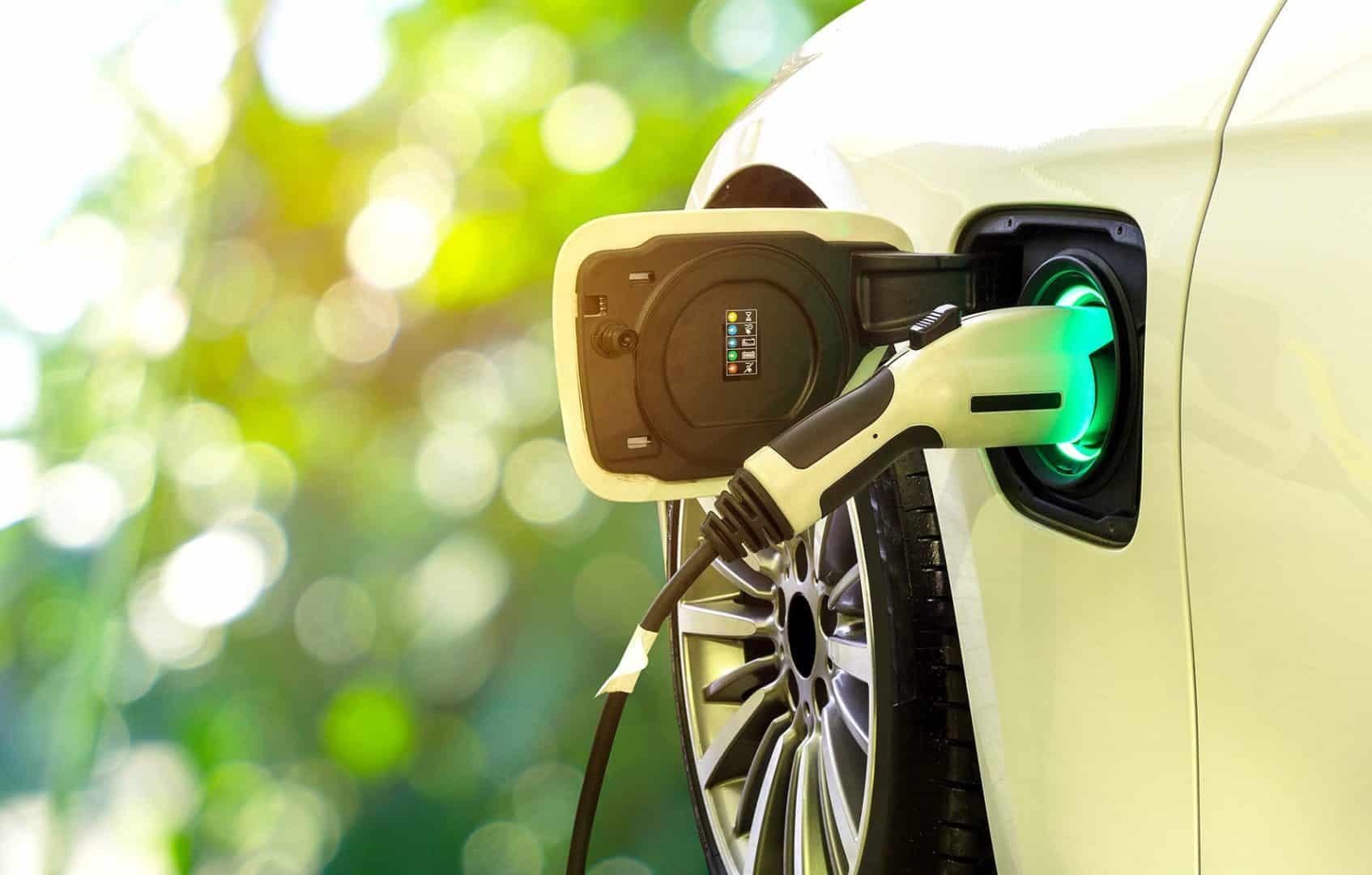 obligation borne recharge electrique parking public
